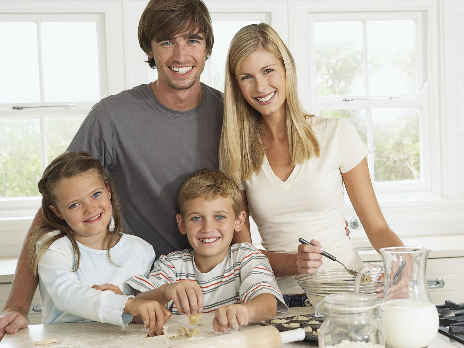家庭教育_家庭教育之亲子八方面_乐天心理咨询中心